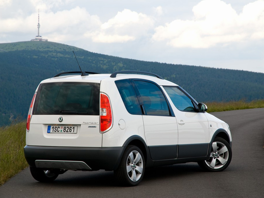 skoda roomster scout. Black Bedroom Furniture Sets. Home Design Ideas